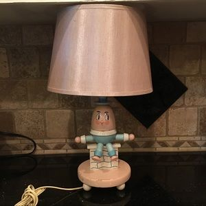 Other - Vintage Humpty Dumpty Pink Wood Lamp